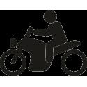 Человек на классическом мотоцикле