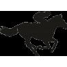 Спортсмен скачущий на лошади