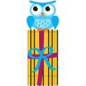 Сова сидящая на коробке с подарком
