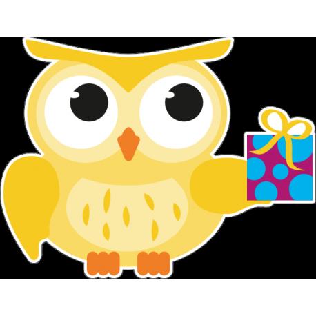 Сова с подарком