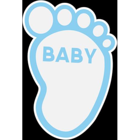 След младенца мальчика