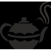 Чайничек с горячим чаем